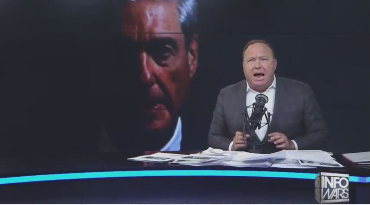 "Alex Jones: There is a plot to install Robert Mueller as ""the first king of America"""