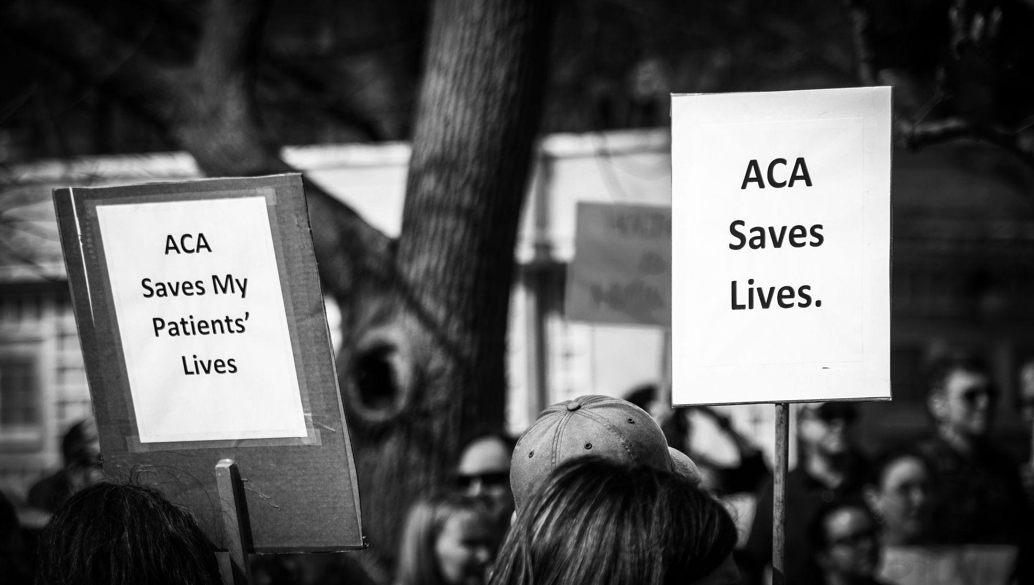 Cable and broadcast news have virtually failed to discuss the ACA open-enrollment period