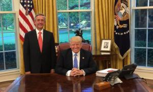 A picture of Robert Jeffress and Donald Trump