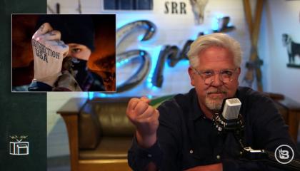 """Glenn Beck calls George Soros a """"dark lord"""""""