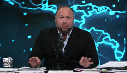 Alex Jones calls for Fauci and Gates to be put to death