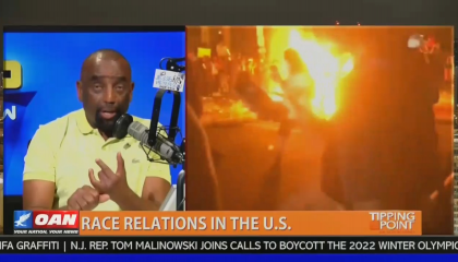 Jesse Lee Peterson spreads racist misinformation next to burning cities on OAN