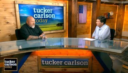 Tucker Carlson interviews Teddy Daniels on Tucker Carslon Today