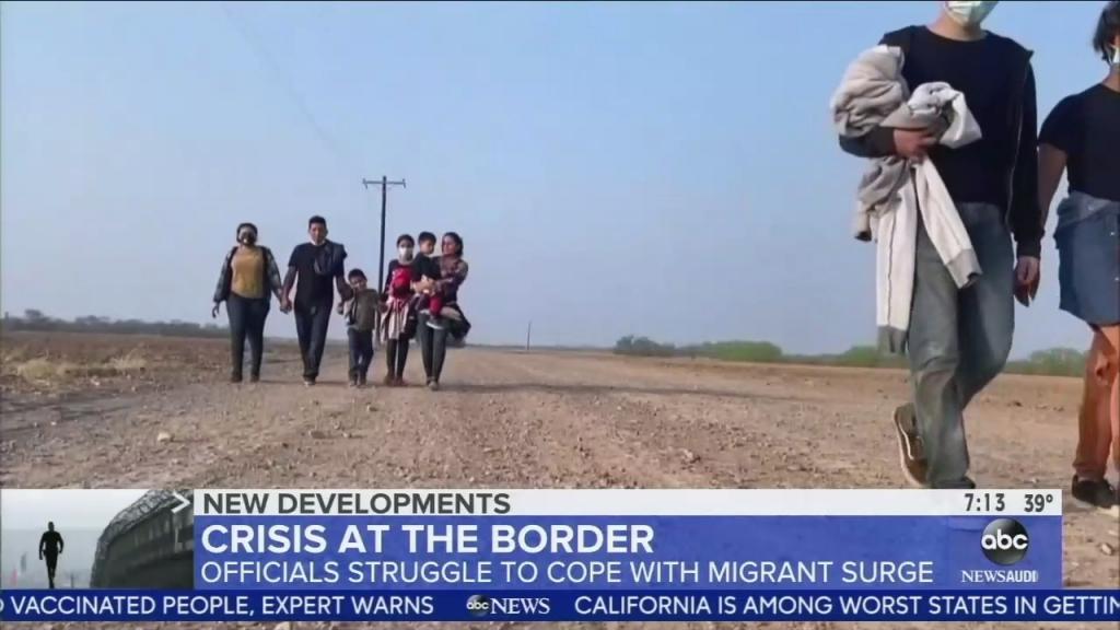 border-crisis-chyron